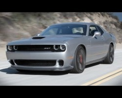 Dodge Challenger Hellcat Review (Muscle Kings Pt.1) – Everyday Driver