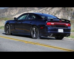 Dodge Charger SRT Sights & Sounds – Beauty, Exhaust, Fly-by