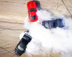 Dodge Hellcat-Viper-Hellcat Thrash Battle! – Roadkill Ep. 38