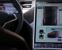 Tesla Model S – Touch Screen Interface – Exotic Driver