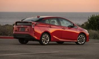 2016 Toyota Prius Four Touring Review