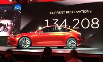 It's all coming together for electric cars, says Wall Street Journal columnist