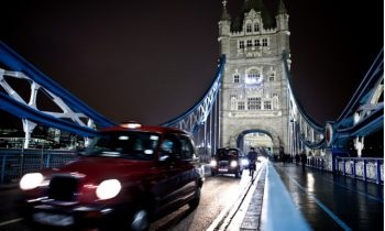London's black cabs go plug-in hybrid; maker Geely issues bonds to fund work