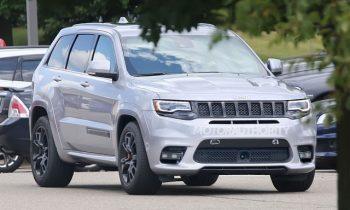 2018 Jeep Grand Cherokee Trackhawk spy shots