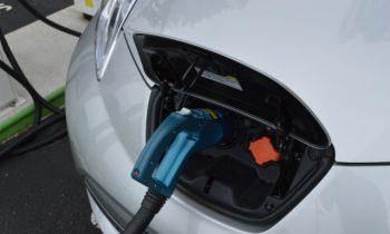 2019 Cadillac XT3 plug-in hybrid, Nissan Leaf pros and cons, 2018 Hyundai Accent: Today's Car News