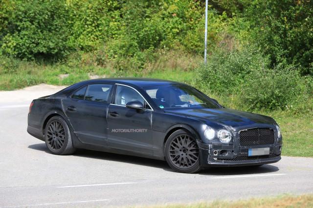 2019 Bentley Flying Spur spy shots