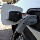 Number of electric cars California needs to cut 2030 emissions unclear: 4 million or 7 million?