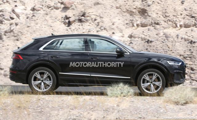 2020 Audi Q8 spy shots - Image via S. Baldauf/SB-Medien