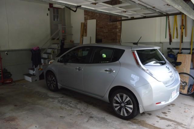 2015 Nissan Leaf charging back at home after 1,000-mile road trip   [photo John Briggs]