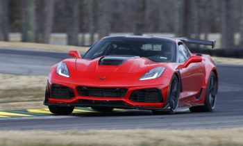 2019 Chevrolet Corvette ZR1 clocked at 212 MPH