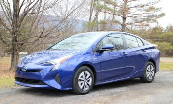 Toyota recalls 2016-2018 Prius models for fire risk